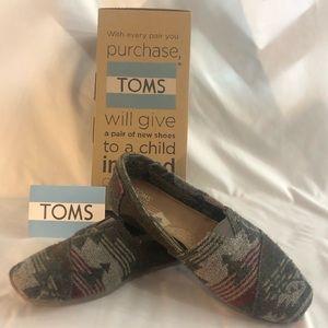 TOMS- Classics Grey Jacquard Pattern Slip-Ons